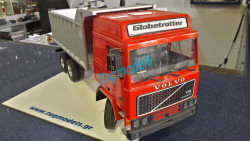 WEDICO 246 VOLVO GLOBETROTTER CAB KIT WITH 292 WEDICO DUMP BODY, RIGID TRUCK ,SILVER AND 733 CHASIS