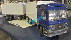 Wedico 234 Actros Cab Kit Blue WITH 733 CHASIS , 2x 273 WEDICO VAN BODY RIGID TRUCK WHITE , 371 TRAILER CHASIS , 2 x DIFFERENTIAL ROBBE